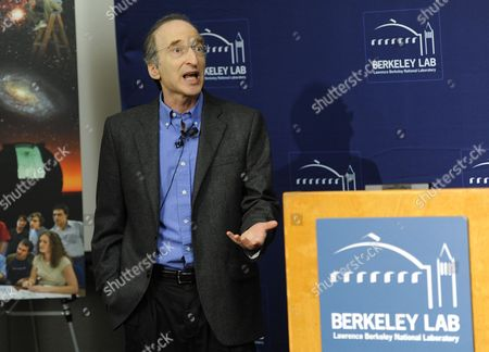Astrophysics Professor Saul Perlmutter During a Press Conference at the University of California at Berkeley Lawrence Berkeley National Laboratory in Berkeley California Usa 04 October 2011 After He was Awarded the Nobel Prize in Physics the Nobel Prize in Physics was Awarded with One-half to Saul Perlmutter and the Other Half Jointly to Brian P Schmidt and Adam G Riess 'For the Discovery of the Accelerating Expansion of the Universe Through Observations of Distant Supernovae ' United States Berkeley