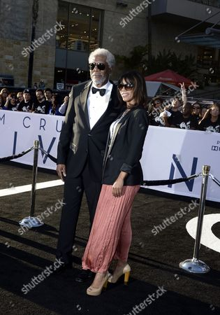 Us Actor and Cast Member Morgan Freeman (l) and Daughter Morgana Freeman (r) Arrive For the American Premiere of 'Oblivion' at Dolby Theatre in Hollywood California Usa 10 April 2013 United States Hollywood
