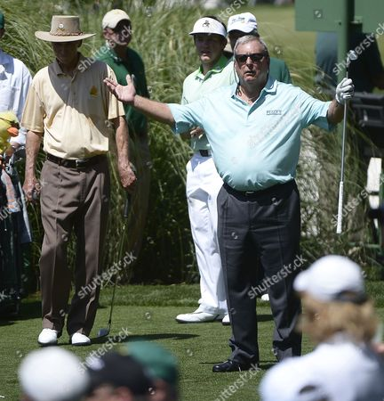 Fuzzy Zoeller of the Us (r) Reacts After His Tee Shot During the Par 3 Contest After the Final Practice Round of the 2013 Masters Tournament at the Augusta National Golf Club in Augusta Georgia Usa 10 April 2013 the Masters Tournament Will Be Held 11 April Through 14 April 2013 United States Augusta