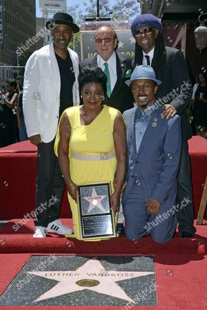 Us Singer Alfonso 'Fonzi' Thorton (front-r) Seveda Williams (front-l) the Niece of the Late Us Singer Luther Vandross Us Singer Niles Rodgers (top-r) Us Recording Executive Clive Davis (top-c) and Us Singer Marcus Miller (top-l) Pose During a Ceremony Honoring Vandross Posthumously with a Star on the Hollywood Walk of Fame in Hollywood California Usa 03 June 2014 This is the 2 526th Star on the Hollywood Walk of Fame United States Hollywood