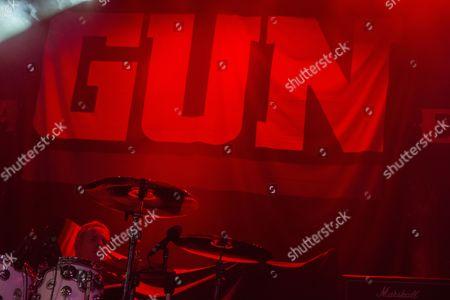 Gun - Paul McManus