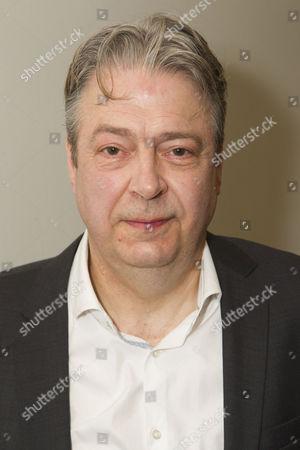 Roger Allam (Roy Jenkins)