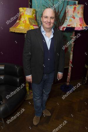Paul Chahidi (Bill Rodgers)