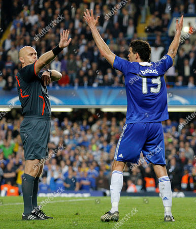 Michael Ballack of Chelsea Shouts at Referee Tom Henning Ovrebo After He Missed an Alleged Handball by Samuel Eto'o of Barcelona But Did not Call It United Kingdom London