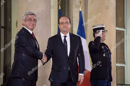 French President Francois Hollande welcomes his Armenian counterpart Serge Sarkisian