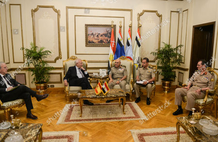 Spanish Foreign Minister Jose Manuel Garcia-margallo (c-l) During His Meeting with the Egyptian Minster of Defense Sedki Sobhi (c-r) at the Ministry of Defense in Cairo Egypt 23 October 2016 Garcia-margallo is on Official Visit to Egypt For Two Days Egypt Cairo