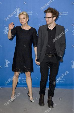 Renee Zellweger and Mark Rendall