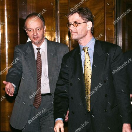 Russian Deputy Foreign Minister Yevgeny Gusarov Invites Norvegian Diplomat Head of Osce Mission in Chechnya Kim Traavik to Start Their Talks in Russian Foreign Ministry Moscow Russia 11 November 1999 Kim Traavik Described Refugee Problem As Serious Russian Federation Moscow