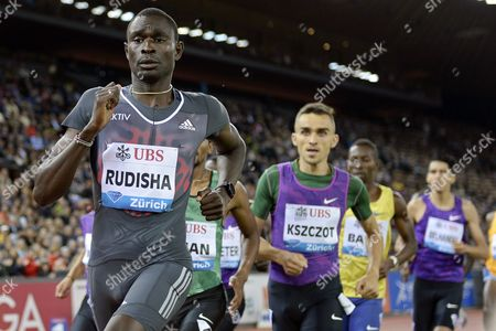 David Rudisha (l) From Kenya and Adam Kszczot (r) From Poland Compete in the Men's 800m Race During the Weltklasse Iaaf Diamond League International Athletics Meeting at the Letzigrund Stadium in Zurich Switzerland 03 September 2015 Kszczot Won the Race