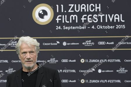 German Actor Juergen Prochnow Poses On the Green Carpet Prior to the Premiere of 'Die Dunkle Seite Des Mondes' (the Dark Side of the Moon) at the Zurich Film Festival (zff) in Zurich Switzerland 27 September 2015 the Festival Runs From 24 September to 04 October