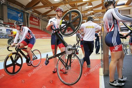 Matt Crampton (c) and Jessica Varnish (r) Both of Britain Attend a Training Session of the Track Cycling European Championships at the Velodrome in Grenchen Switzerland 12 October 2015 the European Track Cycling Championships Will Take Place From 14 October Until 18 October 2015