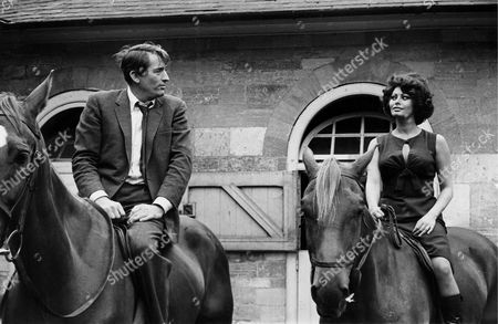 American Actor Gregory Peck Together with Actress Sophia Loren Being Shot On Location Near London 29 June 1965 During the Filming of the Movie 'Arabesque' by Stanley Donen Peck Has Died Overnight at the Age of 87 a Spokesman Said Thursday 12 June 2003 Peck the Lanky Handsome Movie Star Whose Long Career Included Such Classics As 'Roman Holiday' 'Spellbound' and His Academy Award Winner 'To Kill a Mockingbird' Epa-photo/keystone/- United Kingdom London