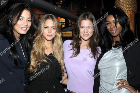 Jessica Gomes, Esti Ginzburg, Kim Cloutier and Jessica White