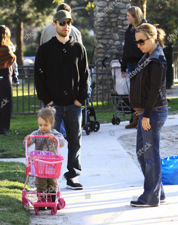 Tobey Maguire and pregnant wife, Jennifer Meyer with daughter, Ruby Sweetheart Maguire