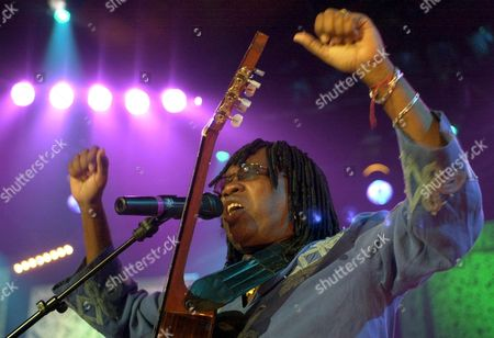 Milton Nascimento Performs During Brazil Night On Stage On the Stravinski Hall of the 35th Montreux Jazz Festival in Montreux Switzerland Late Friday 13 July 2001 Epa Photo Keystone/andree-noelle Pot Switzerland Schweiz Suisse Montreux