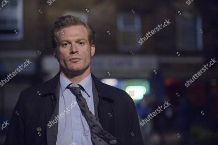 Sam Reid as DCI Len Bradfield.