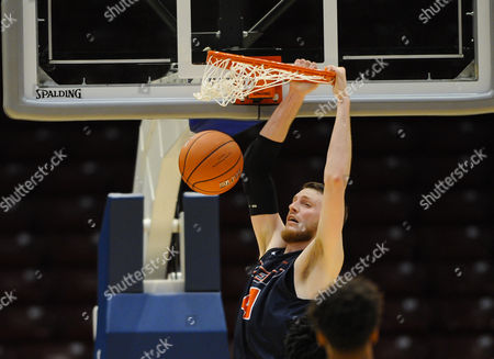 UTEP Miners center Kelvin Jones (54)slams the ball during the CUSA Tournament between the UTEP Miners and MT Blue Raiders at Legacy Arena in Birmingham AL MT takes down UTEP 82-56 Steve Roberts/Cal Sport Media