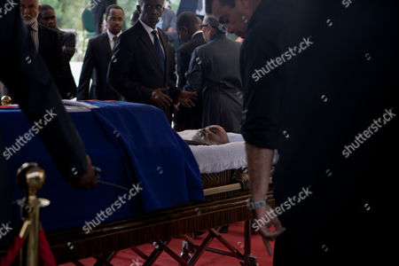 Relatives and authorities attend a tribute for the late former President of Haiti Rene Preval, in Port au Prince, Haiti, 10 March 2017. Hundreds of Haitians and international officials gathered at the National Museum of Haiti to pay respects to the late former president Rene Preval, who died at the age of 74 on 03 March 2017. The funeral service will be held on 11 March.