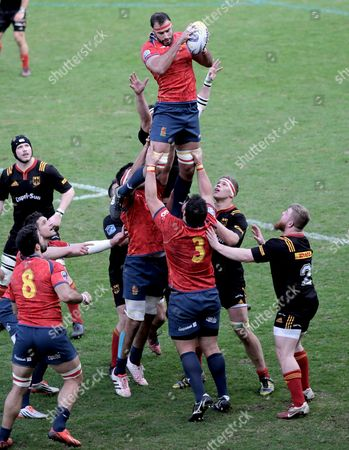 Spain's David Barrera Howarth catches a lione-out ball during the Rugby Europe Championship 2017 match between Germany and Spain in Cologne, Germany, 11 March 2017.