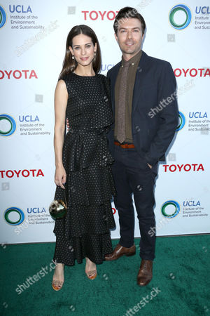 Lyndsy Fonseca and Noah Bean