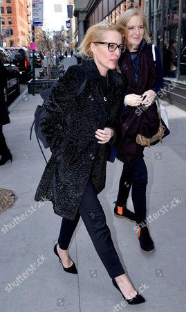 Gillian Anderson, Jennifer Nadel