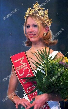 Stock Image of Newly Elected 'Miss Belgium' 17-year-old Sandrine Corman From Henri-chapelle Has Tears in Her Eyes After She was Crowned in a Ceremony in Brussels 16 May Evening Belgium Brussels