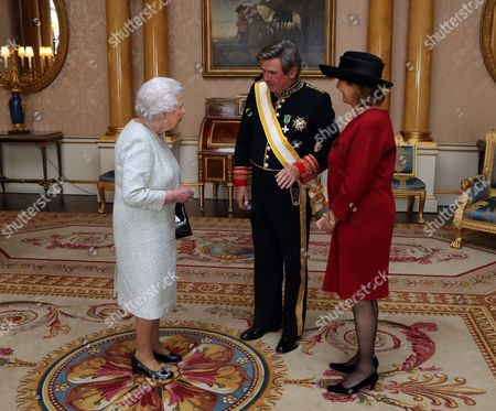 Stock Image of Queen Elizabeth II is presented with Letters of Credence by His Excellency the Ambassador of Spain Carlos Bastarreche, accompanied by Rosalía Gómez-Pineda during a private audience with Her Majesty at Buckingham Palace, London