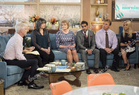 Phillip Schofield and Holly Willoughby with Lucy Alexander, Deidre Sanders, Dr Ranj and The Speakmans