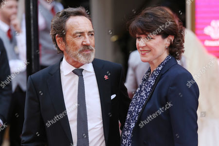 Robert Lindsay and Rosemarie Ford