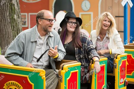 Stock Picture of Woody Harrelson, Isabella Amana, Laura Dern