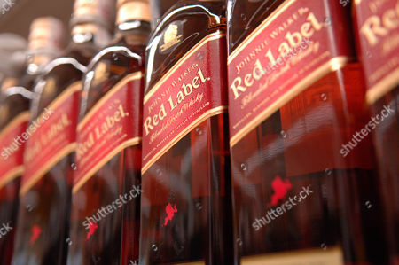 Johnnie Walker,red label,blended scotch whisky