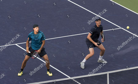 Bruno Soares of Brazil and Jamie Murray of Great Britain in action on Day 12 at the BNP Paribas Open at Indian Wells Tennis Garden, Indian Wells, California, USA
