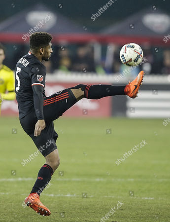 D.C. United Defender #5 Sean Franklin controls the ball during an MLS soccer match between the D.C. United and the Columbus Crew SC at RFK Stadium in Washington DC. Columbus Crew SC defeats DC United, 2-0