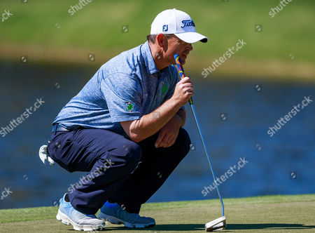 Orlando, Florida, USA-Greg Chalmers gets ready to putt on the 11th hole during the final round of the Arnold Palmer Invitational
