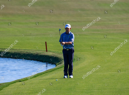 Orlando, Florida, USA-Greg Chalmers on the 18th hole fairway during the final round of the Arnold Palmer Invitational