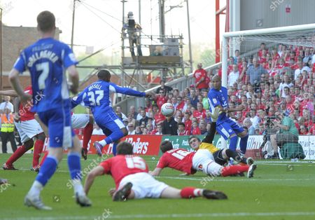 Darius Vassell of Leicester City Scores A Goal Past Nottingham Forest Goalkeeper Lee Camp 2-2 United Kingdom Nottingham