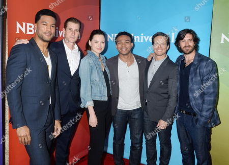Jill Flint and Scott Wolf and cast of The Night Shift