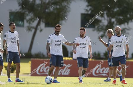 Argentina's national soccer team players (L-R) Sergio Agüero, Angel Di Maria, Ezequiel Lavezzi, Lionel Messi and Javier Mascherano participate in a training session at the Argentinian Soccer Association in Buenos Aires, Argentina, 21 March 2017. Argentina will face Chile 23 March for the FIFA 2018 Russia World Cup qualifying matches.
