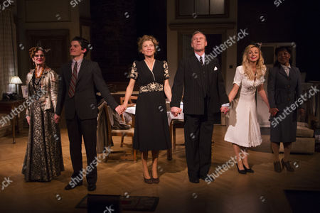 Helen Sloane (Polton/Celia Wentworth), Edward Bluemel (Michael Brown), Eve Best (Olivia Brown), Anthony Head (Sir John Fletcher), Helen George (Diana Fletcher) and Vivienne Rochester (Miss Dell) during the curtain call