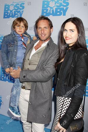 Josh Lucas, son Noah Rev Maurer and Jessica Ciencin Henriquez