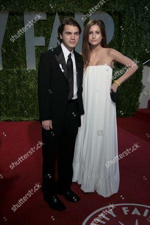 Emile Hirsh and Brianna Domont