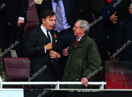 Editorial image of Arsenal V Qpr - 27 Oct 2012