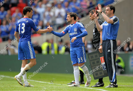Michael Ballack is Replaced by Juliano Belletti of Chelsea After Picking Up an Ankle Injury United Kingdom London