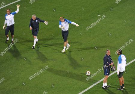 Editorial image of England V Usa - 28 Oct 2009