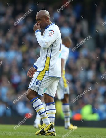 El-hadji Diouf of Leeds United Shows A Look of Dejection United Kingdom Manchester