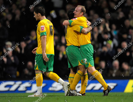 Gary Doherty of Norwich City Celebrates His Goal with Team-mate Simon Lappin Who Provided the Pass United Kingdom Norwich