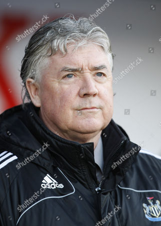 Joe Kinnear the Manager of Newcastle United United Kingdom Portsmouth