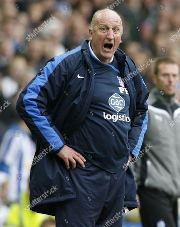 Crystal Palace Manager Paul Hart Looks Shocked United Kingdom Sheffield