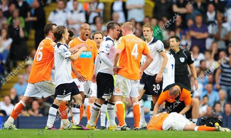 Rafael Van Der Vaart of Tottenham Hotspur Loses His Temper with Keith Southern of Blackpool United Kingdom London