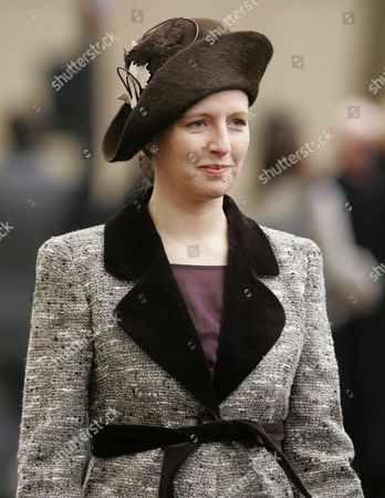 Editorial picture of Unveiling of the memorial statue to Queen Elizabeth, The Queen Mother in The Mall, London, Britain - 24 Feb 2009